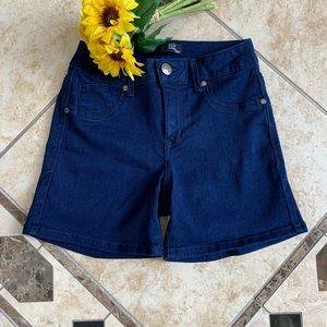 1822 Denim Jean shorts, Size 4 - EUC